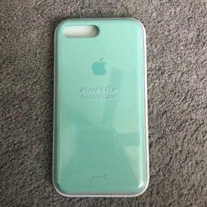 Accessories - Apple iPhone 8 Plus silicon case